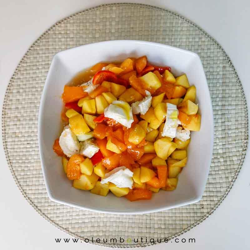 Macerado para la Sopa Fría de albaricoque y melocotón con queso de cabra y aove, receta de Manuela Monsalve