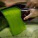 Cómo se hace el aceite de oliva - Cata del aceite salido de la centrifugadora